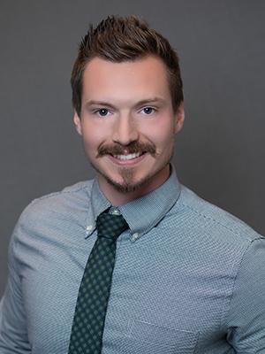 Dr Mitchell Kardux
