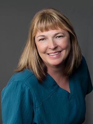 Elaine Lennie